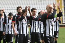 Manisaspor'da futbolcular antrenmanı boykot etti