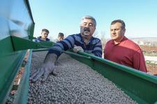 Çiftçiye ve tarıma büyük destek ilk tohum toprakla buluştu