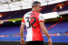 Van Persie'nin Feyenoord'daki ilk golü