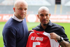 Nigel de Jong Ajax'a transfer oluyor