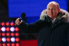 Putin Kızıl Meydan'da zafer konuşması yaptı