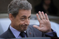 Sarkozy'nin 4 ülkeye gidişi yasaklandı!