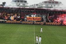 G.Saray taraftarlarından U19 maçında koreografi