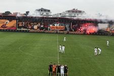 Galatasaray taraftarlarından U19 maçında muhteşem koreografi