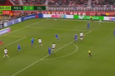 Miguel Layun'un yanlışlıkla attığı gol