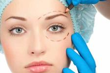 Yüz estetiği hakkında doğru bilinen yanlışlar nelerdir?