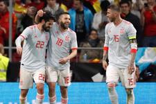 İspanya hazırlık maçında Arjantin'i dağıttı