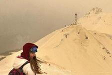 Tıpkı Mars gibi...Doğu Avrupa'ya 'turuncu kar' yağdı