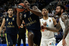 Fenerbahçe Doğuş deplasmanda Real Madrid'i yendi