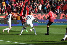 Eşkişehir'deki gol düellosunda kazanan olmadı
