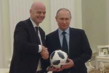 Rusya Başkanı Putin top sektirdi