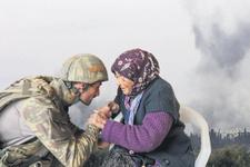 Mehmetçik kurtardı terör katletti! Hüngür hüngür ağladı
