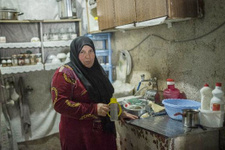 Eşi ve 3 çocuğu kurşuna dizilen Suriyeli Fatma konuştu