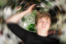 Korkutan rakam: 800 bin çocuk alkol bağımlısı!