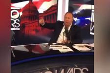 ABD'li gazeteci'den küfür bombardımanı! Trump'ı hedef aldı