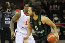 Gaziantep Basketbol evinde Sakarya BB'yi devirdi
