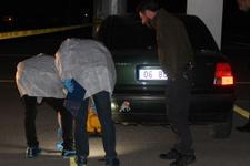 Park halindeki otomobilin içindeki kavga katliama döndü