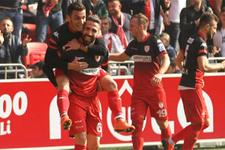 Samsunspor'da ligde kalma primi 1 milyon TL