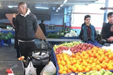 Atiba semt pazarında