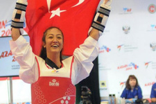 Tekvandoda Nafia Kuş Avrupa Şampiyonu oldu