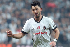 Beşiktaş'a Tolgay Arslan'dan kötü haber