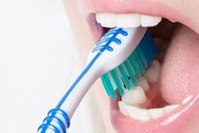 Diş fırçalamak orucu bozar mı Diyanet son noktayı koydu