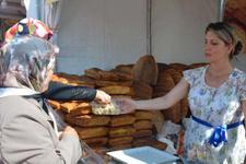 Görenler şaşıp kalıyor! Bu ekmeğin tanesi 80 lira
