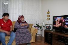 Rıza Kayaalp'in baba evinde şampiyonluk sevinci