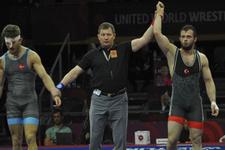 Enes Başar bronz madalya kazandı!