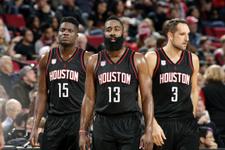 Final için avantaj Houston'da