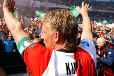 Dirk Kuyt veda ediyor