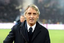 Mancini İtalya'da galibiyetle başladı
