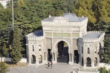 İstanbul Üniversitesi'ne bölünme darbesi! Profesörün dedikleri doğru mu?
