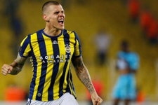 Fenerbahçeli futbolcu Ada yolcusu