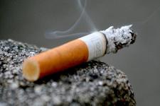 Sigara kadınların kalbini daha çok etkiliyor