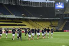 Avrupa Fenerbahçe Beşiktaş maçını konuşuyor