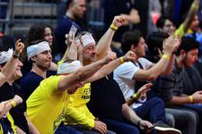 Fenerbahçe taraftarından Şenol Güneş'e olay gönderme