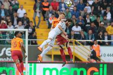 Akhisarspor - Galatasaray maçı fotoğrafları