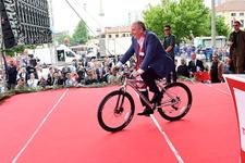 Bisiklete binen Muharrem İnce hakkında dikkat çeken sözler