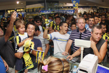 Taraftar Fenerbahçe'nin kasasını doldurdu