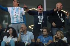 Maradona Rusya ve taraftarlardan özür diledi
