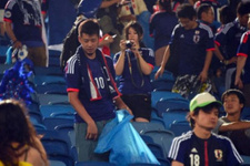 Japon taraftarlar tribünleri temizledi dünya hayretle izledi