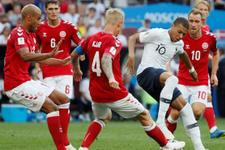 Danimarka ve Fransa el ele turladılar