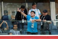 Arjantinli efsane Maradona geceye damga vurdu