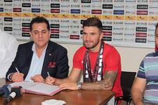 Eskişehirspor Marko Milinkovic ile sözleşme imzaladı