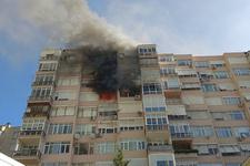 Zincirlikuyu'da eski askeri lojmanlarda yangın dehşeti