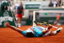 Cecchinato Djokovic'i yenerek yarı finale çıktı