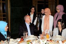 Erdoğan'dan sahura katılan gençlere sürpriz