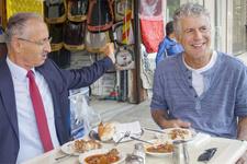 Anthony Bourdain Türkiye gezisi Serra Yılmaz gaf yapmıştı