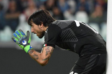Juventus Buffon'un boşluğunu doldurdu